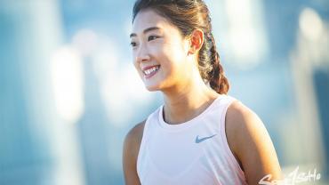 少女的掙扎:運動表現 vs. 身心健康