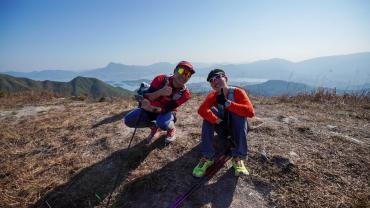 平凡人做不平凡事  攀山專家吳俊霆夥拍超馬跑手羅楚健成功3日登100山